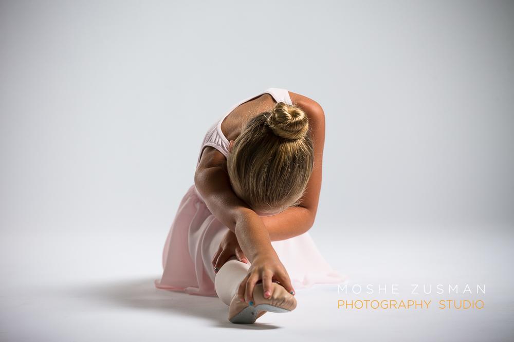 ballet-girls-little-ballerina-studio-portraits-moshe-zusman-photography-dc-14.jpg