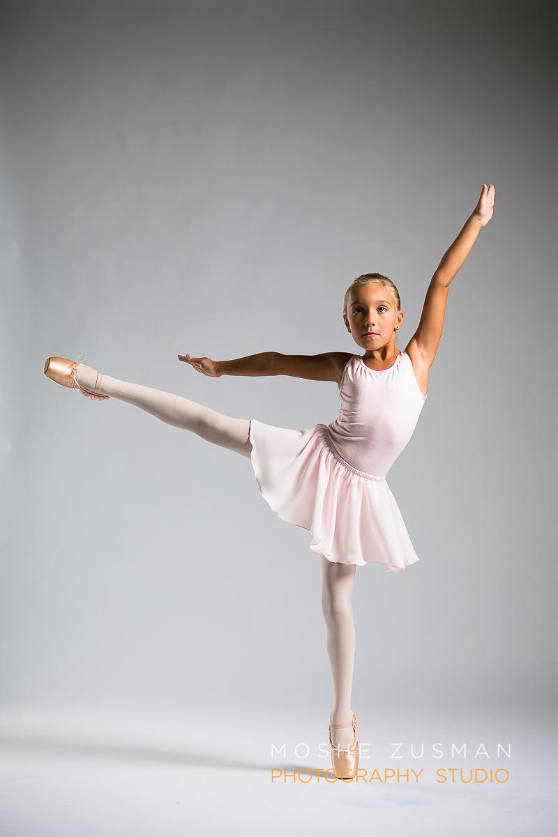 ballet-girls-little-ballerina-studio-portraits-moshe-zusman-photography-dc-36.jpg