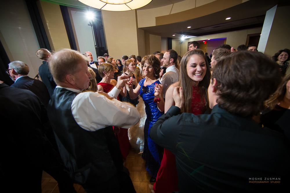 Annapolis-Naval-Academy-Wedding-Photography-Moshe-Zusman-Beth-Rob-48.jpg