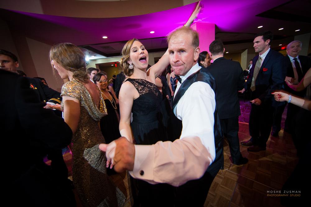 Annapolis-Naval-Academy-Wedding-Photography-Moshe-Zusman-Beth-Rob-49.jpg
