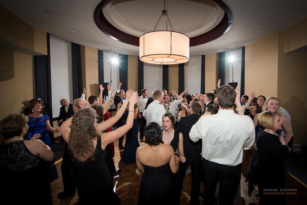 Annapolis-Naval-Academy-Wedding-Photography-Moshe-Zusman-Beth-Rob-50.jpg