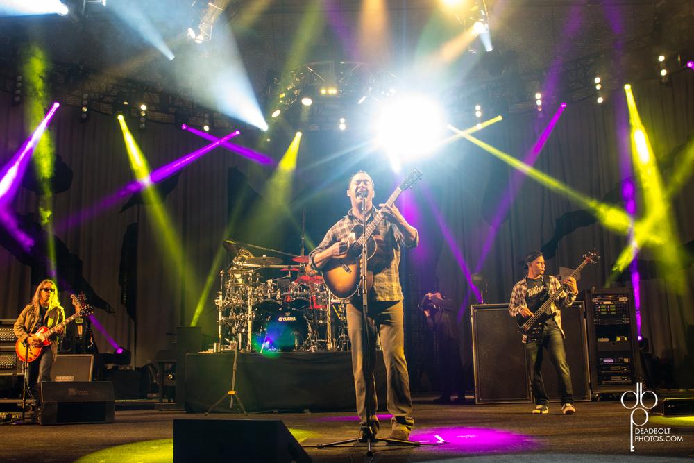 Dave Matthews Band at PNC Bank Arts Center