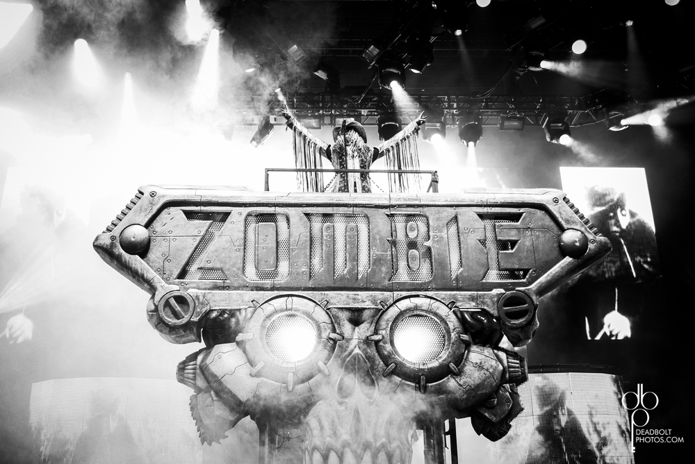 Rob Zombie closes out Mayhem Festival 2013.