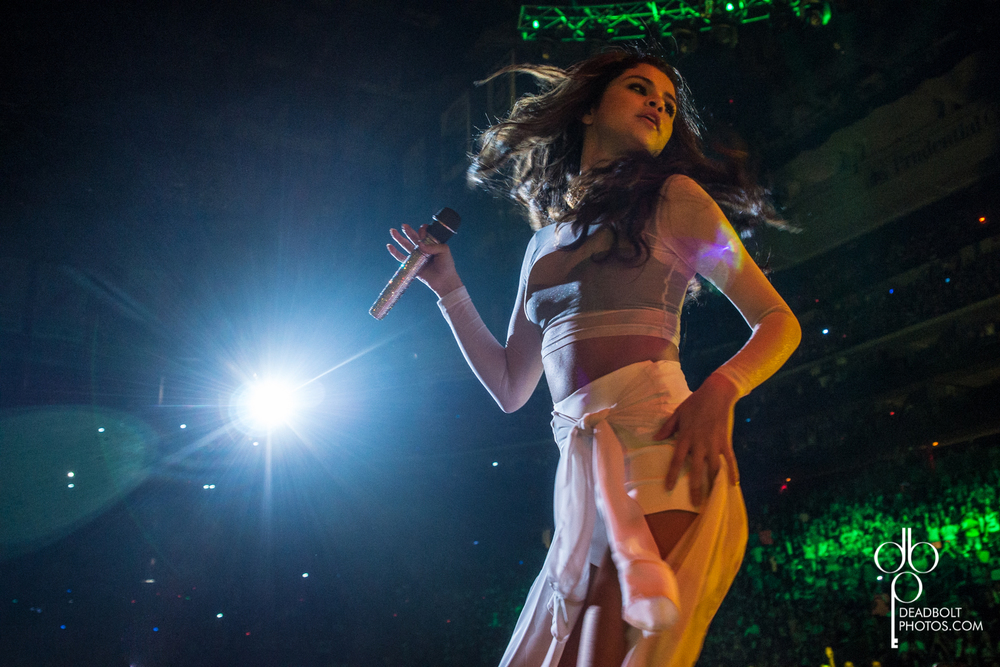Selena Gomez bringing down the house at Prudential Center.