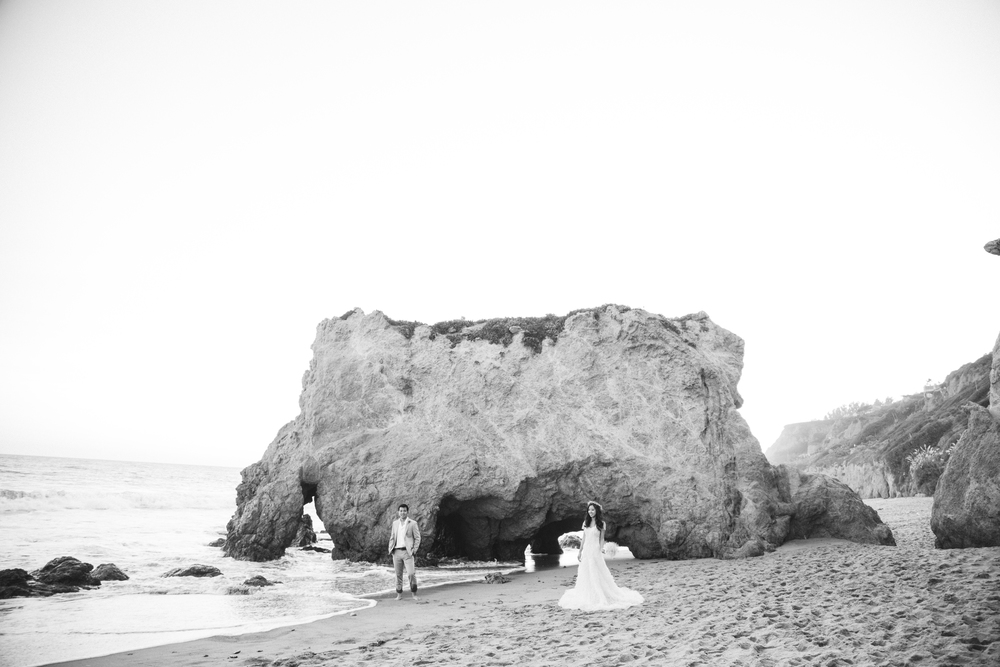 BETSI EWING STUDIO_EL MATADOR MALIBU CALIFORNIA WEDDING