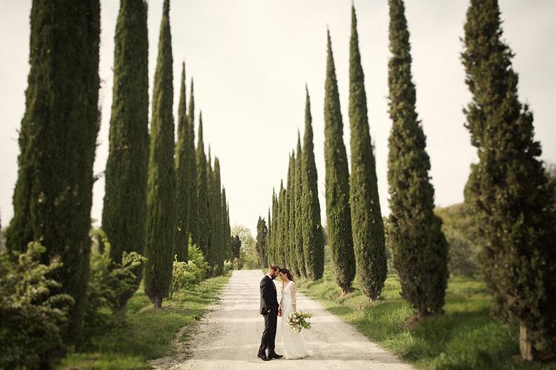 BETSI EWING STUDIO_TUSCANY ITALY EUROPE DESTINATION WEDDING_02.jpg