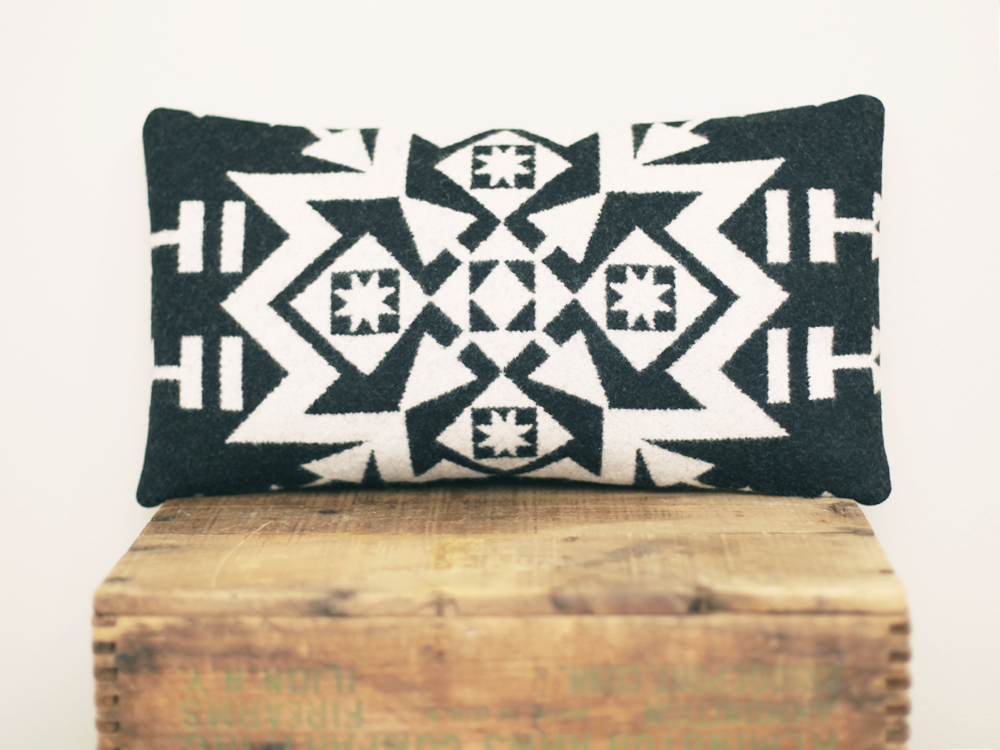 Pendleton Pillow / Geo B&W