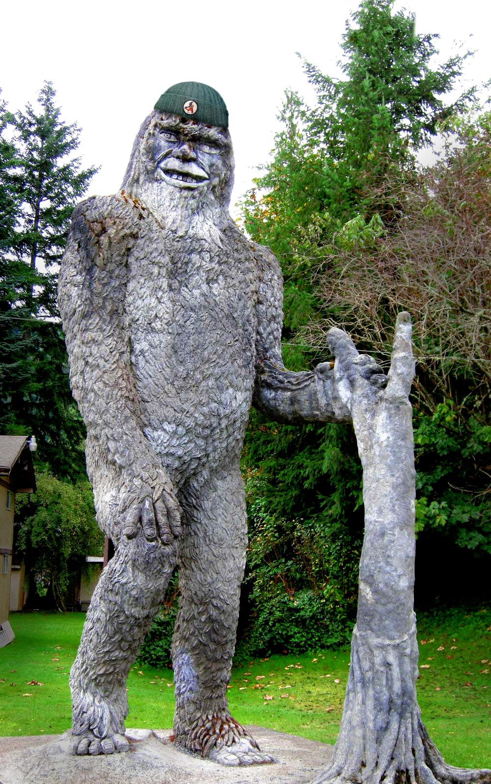 13_BF_Statue.jpg
