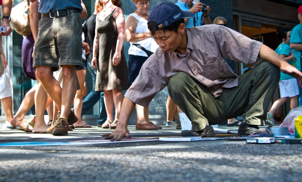 2010-07-24 at 16-33-37 Art, Busker, Painter, Protrait, Sidewalk, Street Life, Urban.jpg