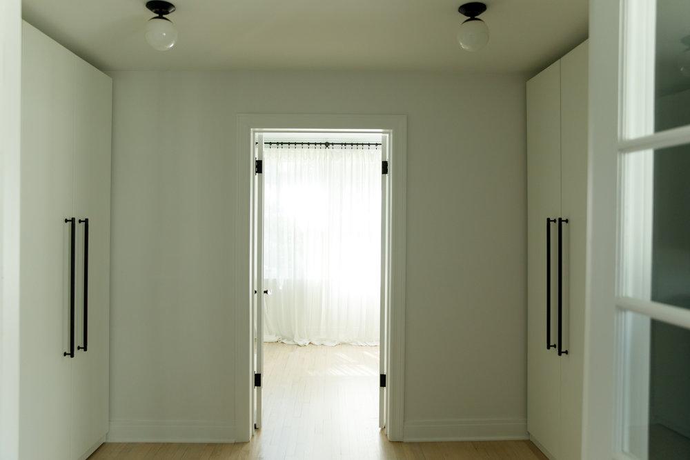 debaun studio_Beechwood_Master Closet 1.jpg