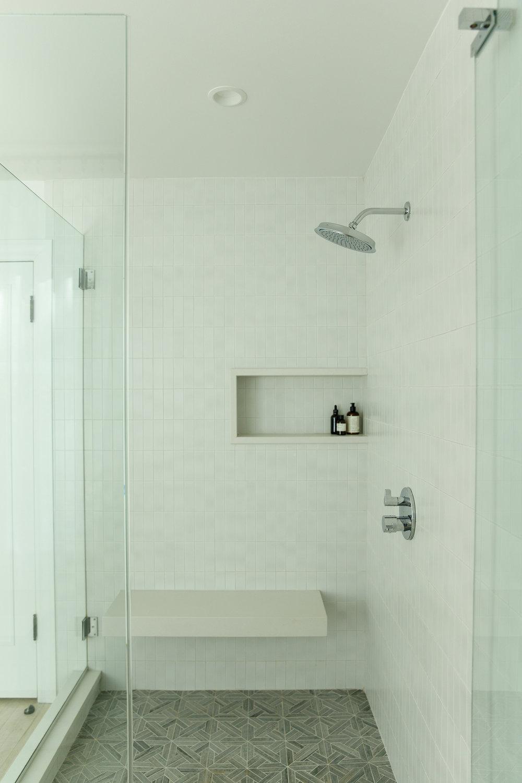 debaun studio_Beechwood_Master Bath 5.jpg