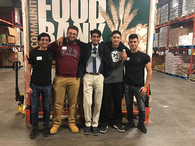 As a part of our commitment to community service, Youth of Wisdom members volunteered at Gleaners in Detroit. Interested? Contact us on how to get involved!