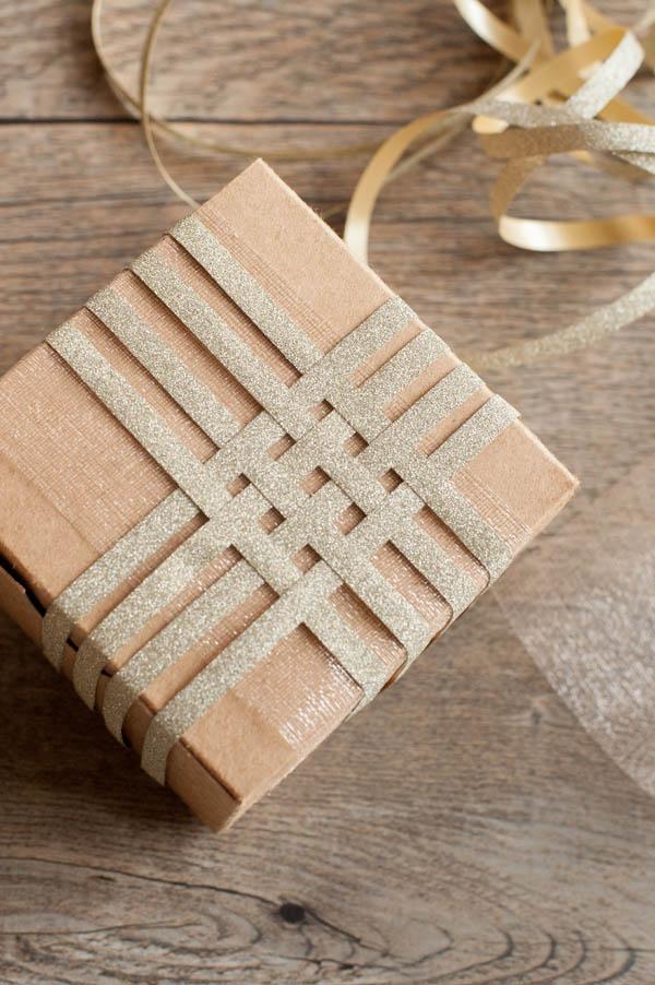 DIY-Holiday-Gift-Wrapping-0014.jpg