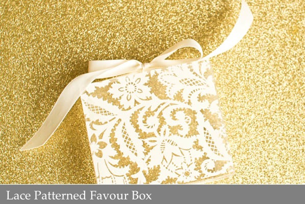 Lace Patterned Favour Box.jpg