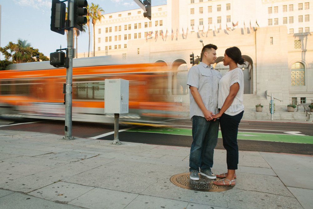 la-metro-engagement-photographer-