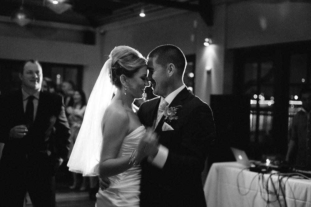lake_chalet_wedding