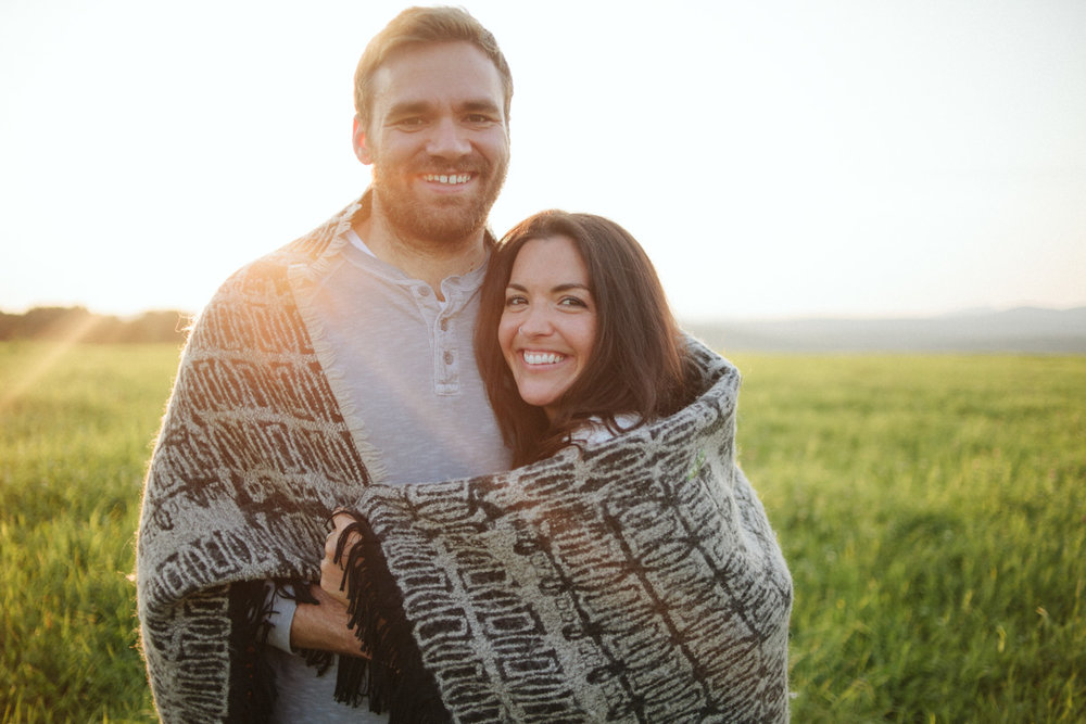 blanket_engagement_shoot_ideas_boho_bride-49.jpg