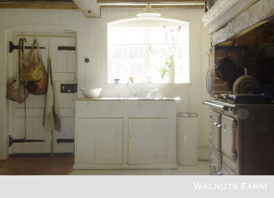 1667-walnuts-farm-location-house-kitchen-3.jpg
