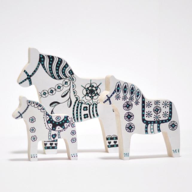 Dala horses.jpeg