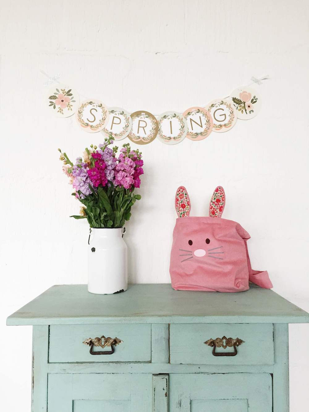 Easter Styling : Makelight
