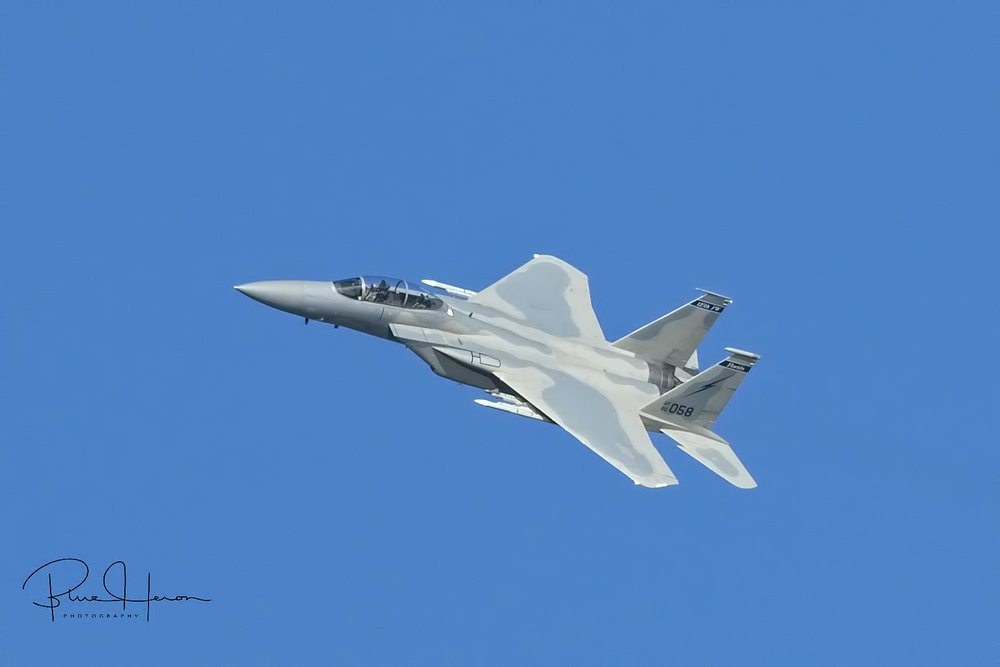 A Florida Air National Guide F-15 Eagle screams overhead..wrong kind of eagle..