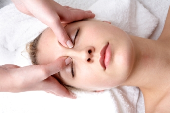 Sinus Facial Massage with Gemma Nelson www.PurityHealth.org Dubai