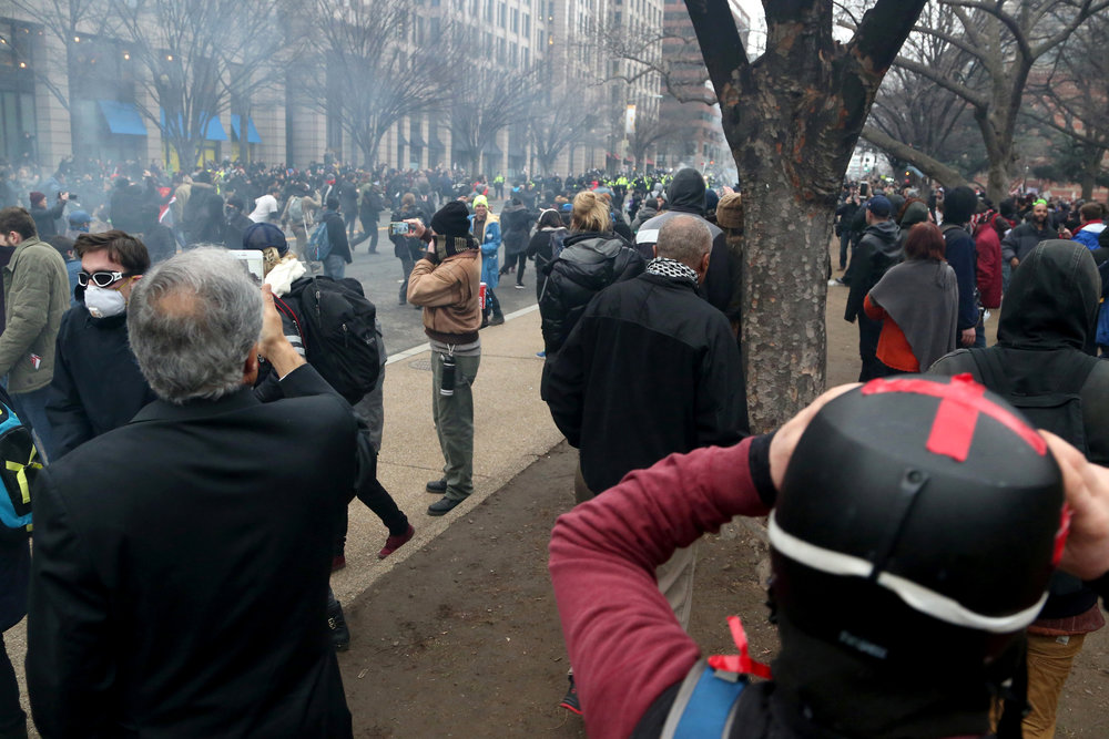 20_inauguration_caitlinfaw_street.jpg