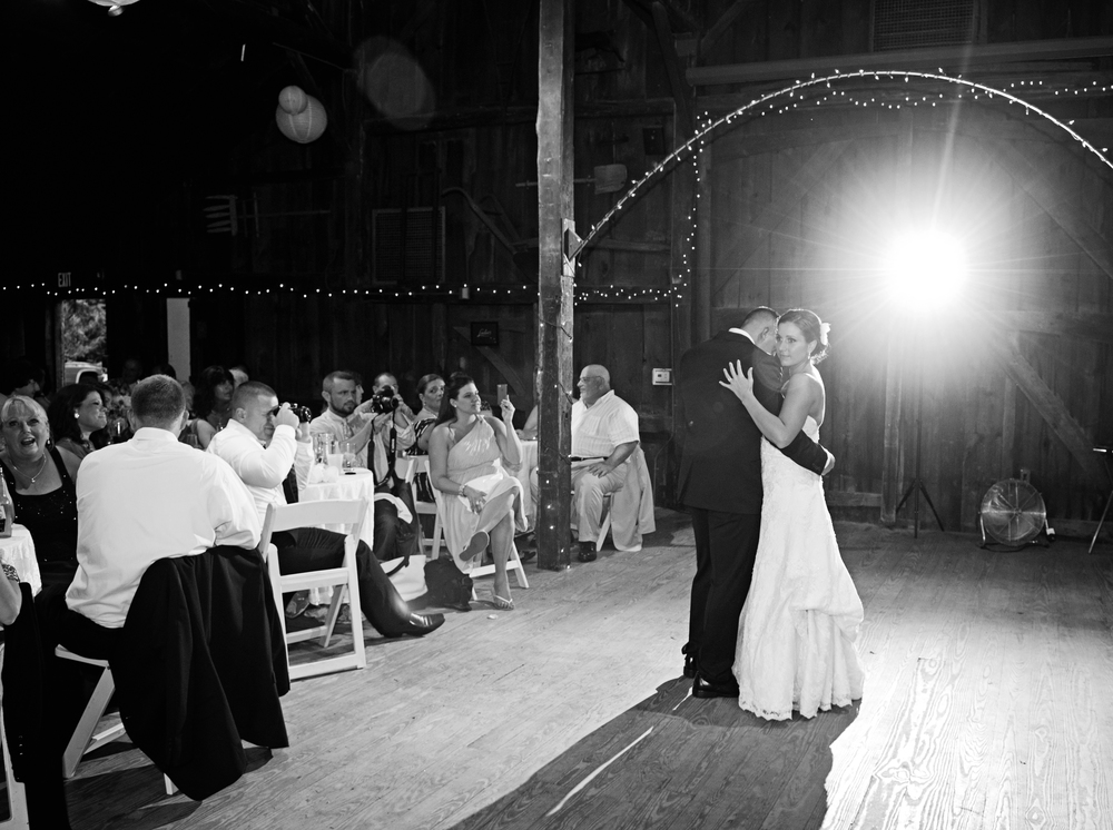 Angela_Chicoski_CT_wedding_photographer_018.jpg