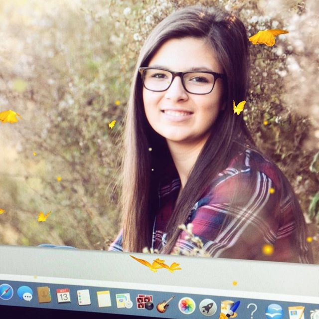 Playing with Snapchat while I'm editing 😍#angelachicoskiphotography #snapchat #ctphotographer #cthighschoolseniorphotographer #classof2017 #fallflowers #fallportraits #highschoolseniorportraits #photoshopfun