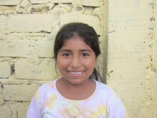 Yovana....the one that I want to adopt! She is such a good little girl...super helpful with the other kids. She has lived in this house for 6 years. Treated her for scabies and lice.