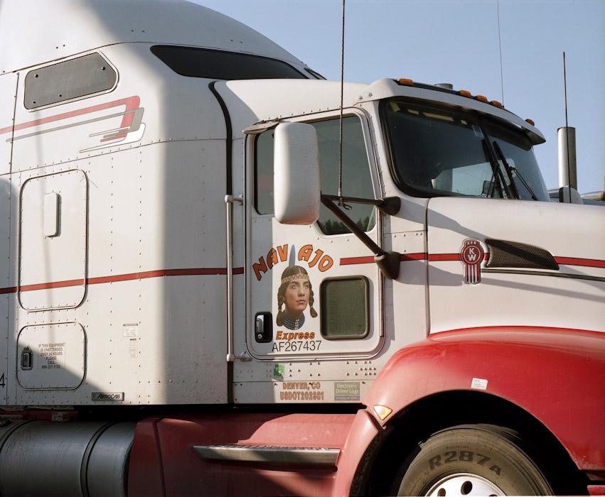 32_truckstop3.jpg