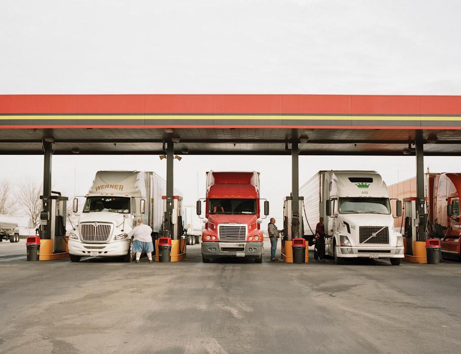 32_truckstop26.jpg