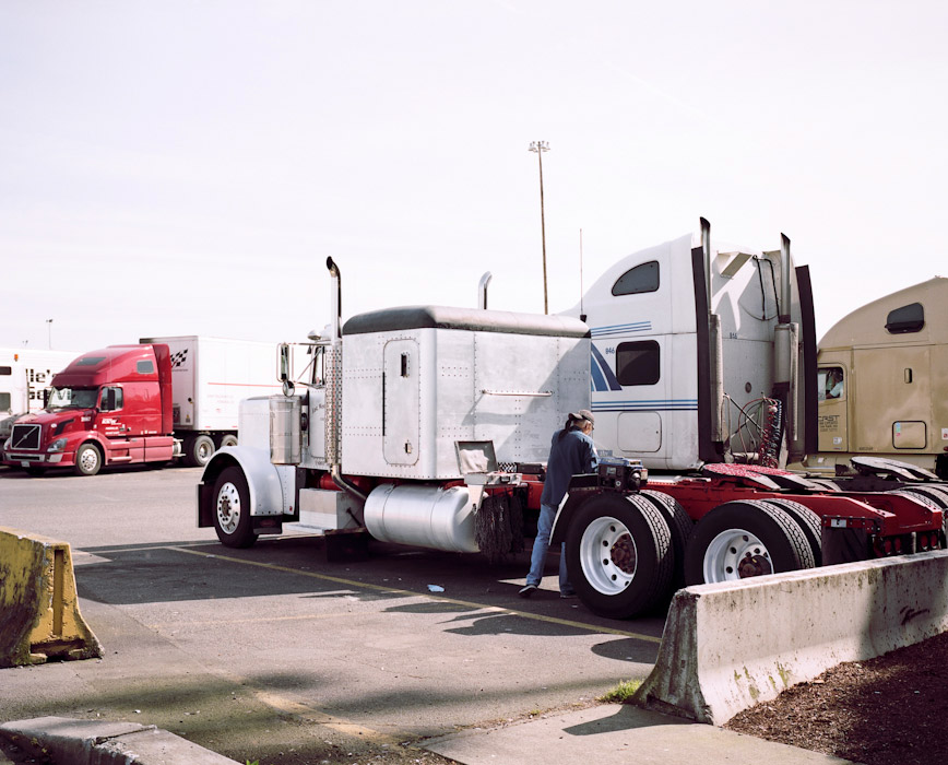 32_truckstop65.jpg