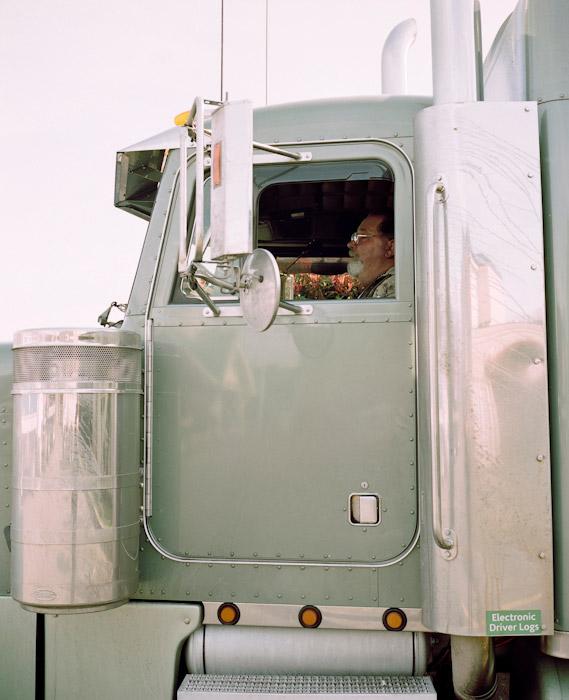 32_truckstop69.jpg