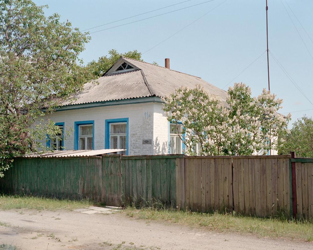 26_resettlerhouse.jpg