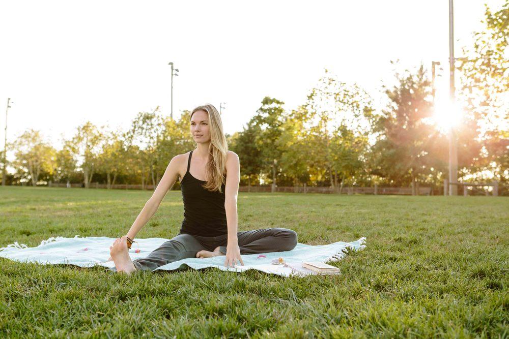 Amber_Yoga179.jpg
