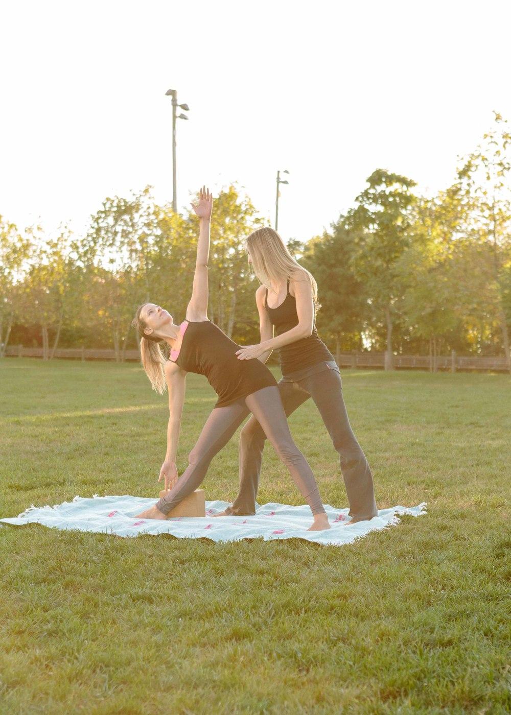 Amber_Yoga233.jpg