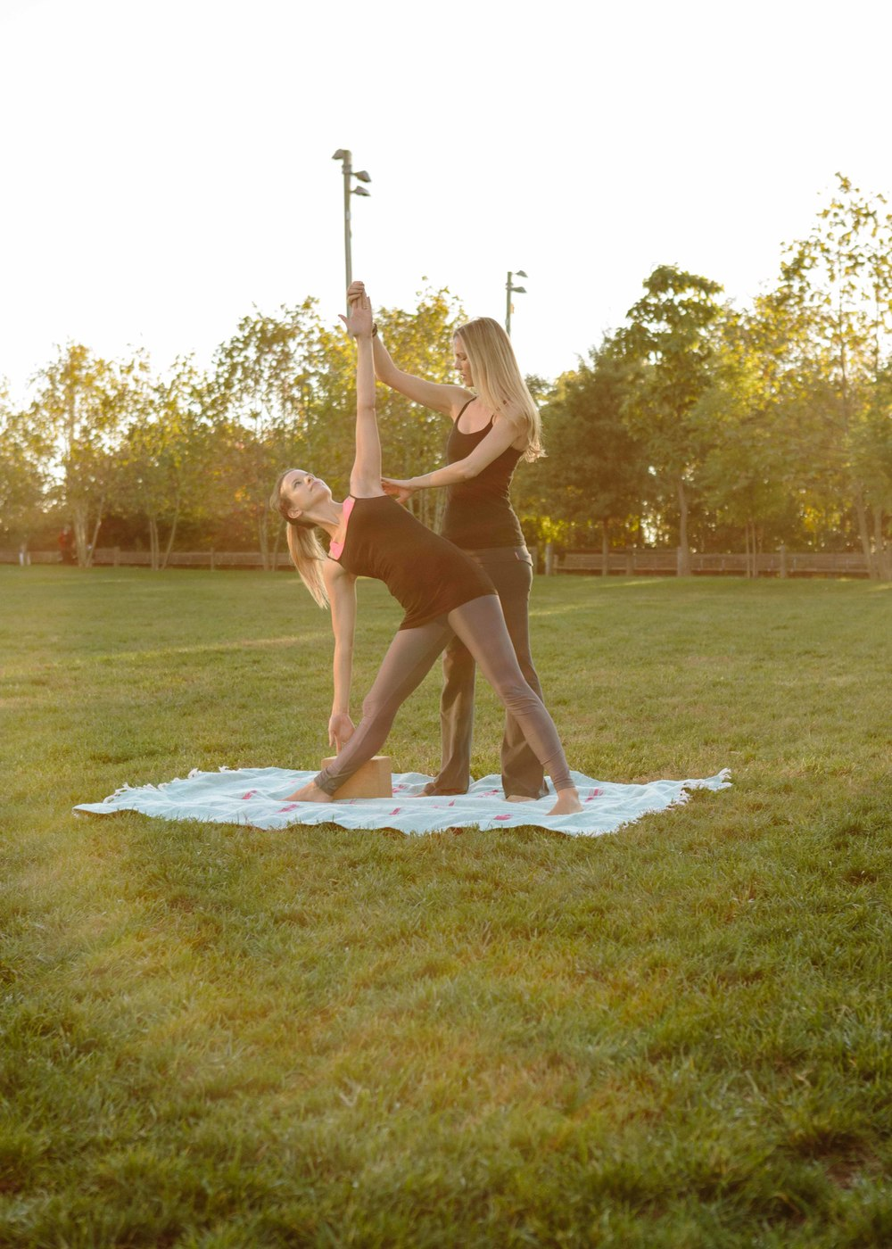 Amber_Yoga236.jpg