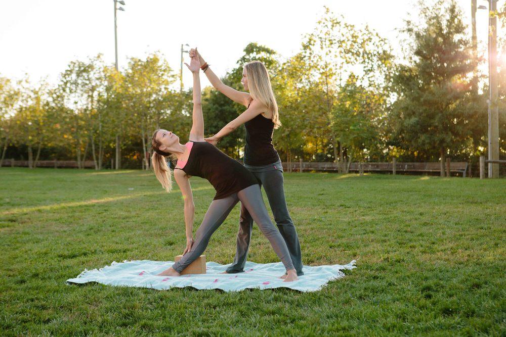Amber_Yoga250.jpg