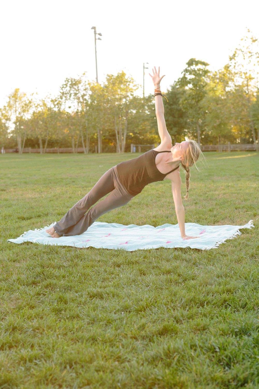 Amber_Yoga327.jpg