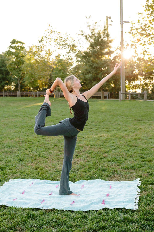 Amber_Yoga348.jpg