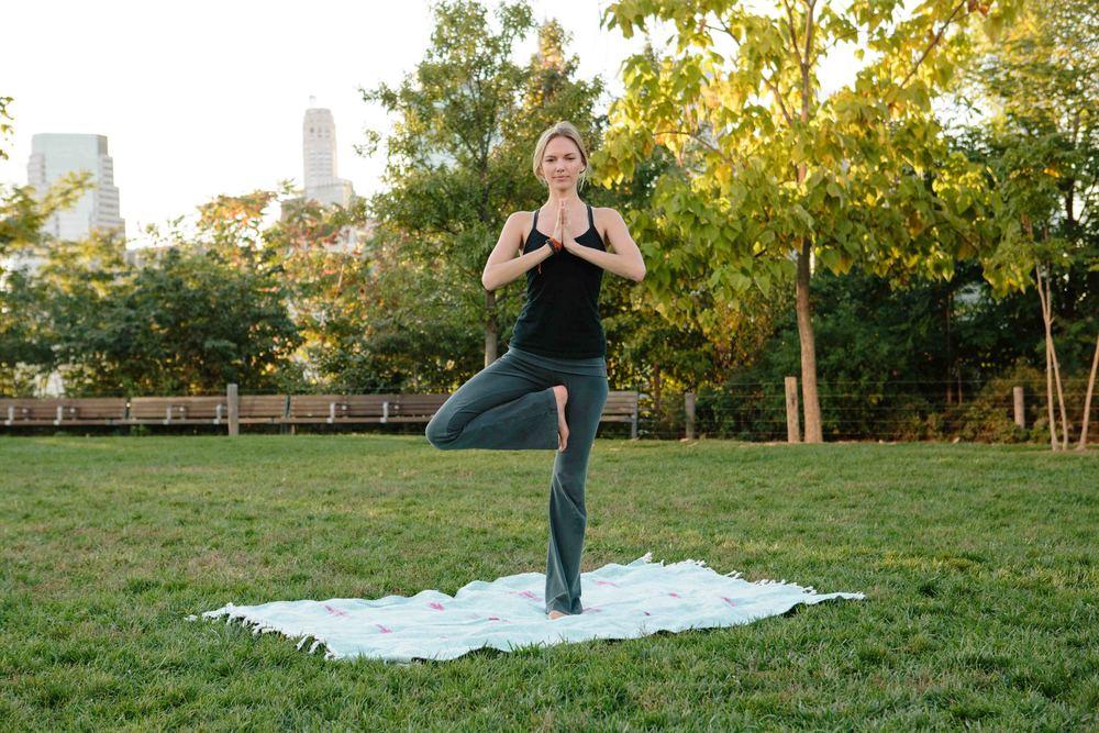 Amber_Yoga361.jpg