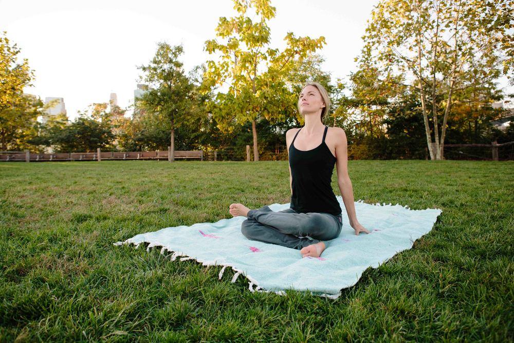 Amber_Yoga387.jpg