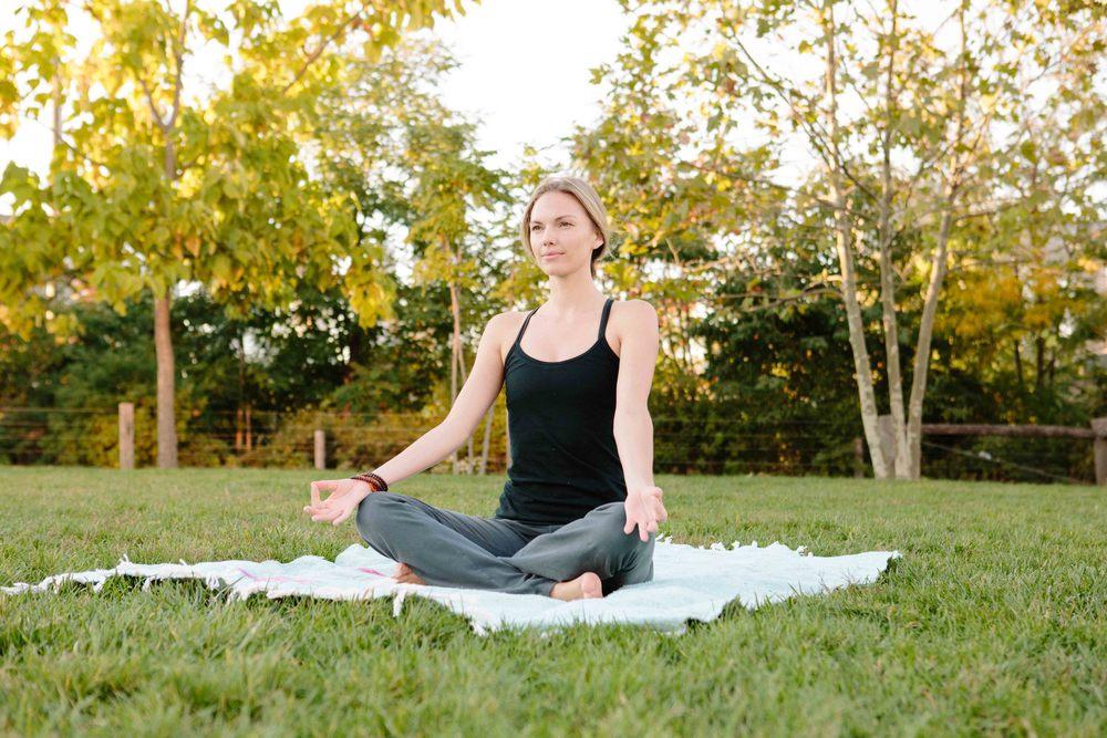 Amber_Yoga396.jpg