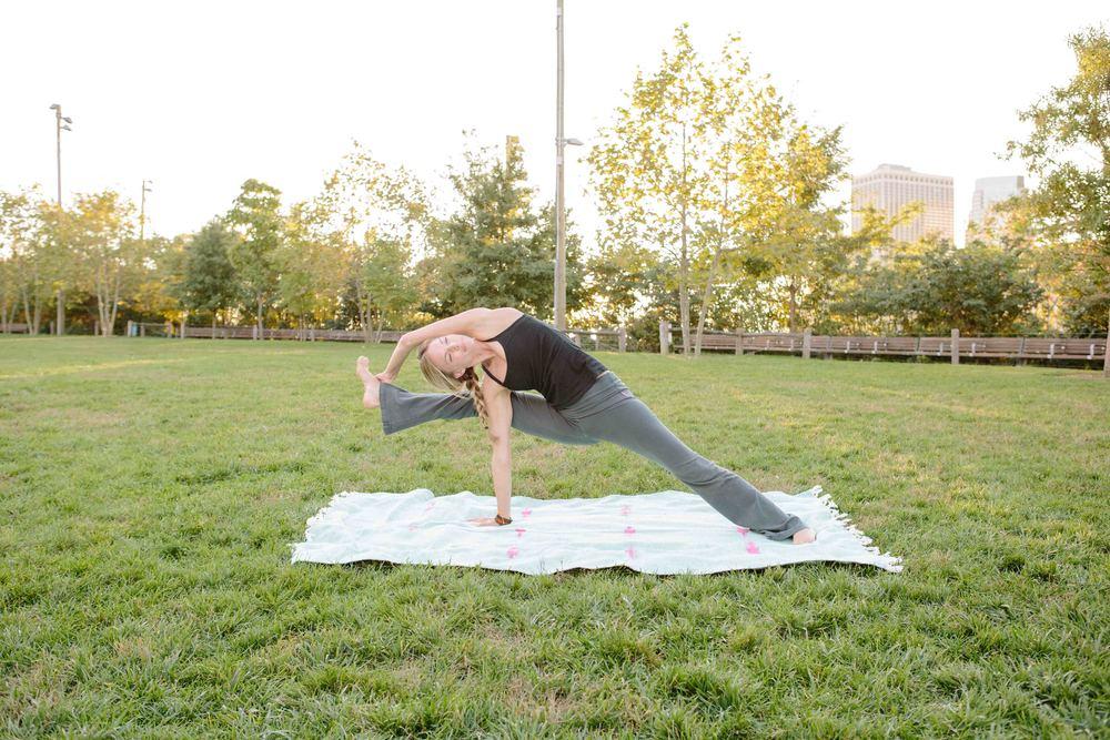 Amber_Yoga448.jpg