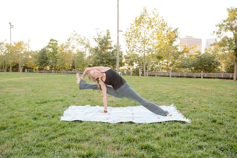 Amber_Yoga452.jpg
