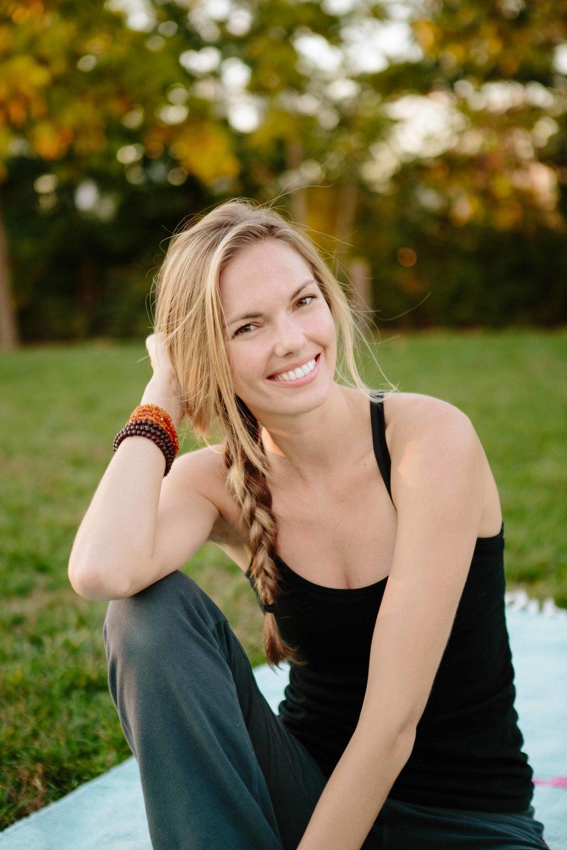Amber_Yoga535.jpg