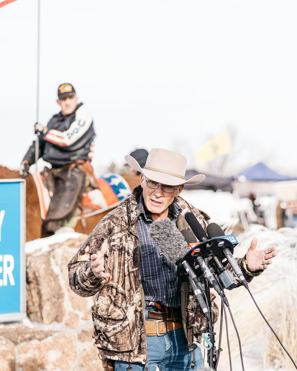 burns_oregon_standoff_688.jpg