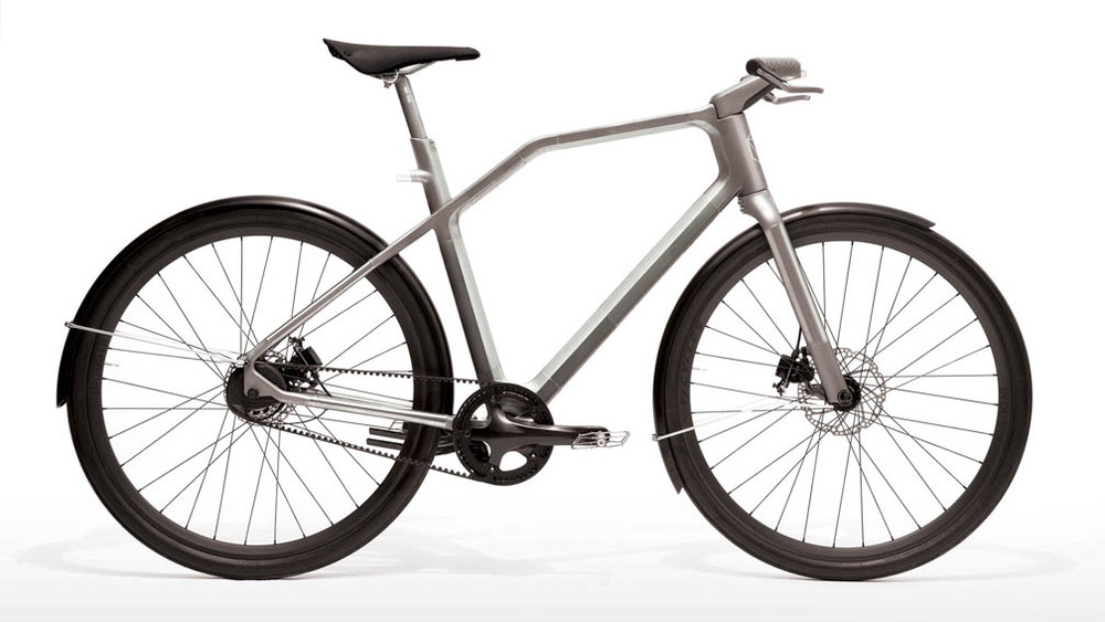 industry-ti-cycles-solid-bike-product-sequence-1aa_portfolio.jpg