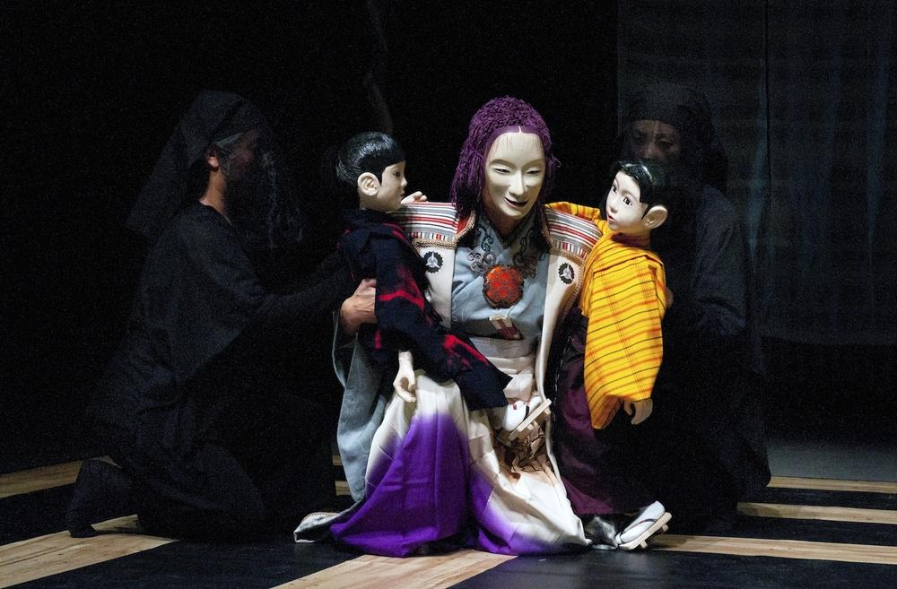 Medea Perfomance, Yayoi Theatre Movement Society, photo by Yukiko Onley